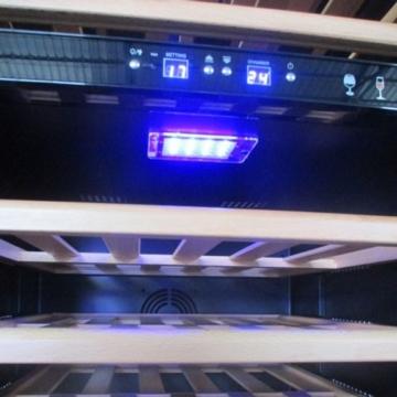 plenti WEIN CASE - Weinkühlschrank 450l mit 15 Regalböden und 2 Klima-Zonen schwarz/chrom -